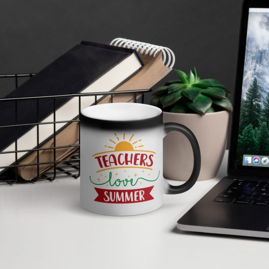 Teachers Love Summer Matte Black Magic Mug