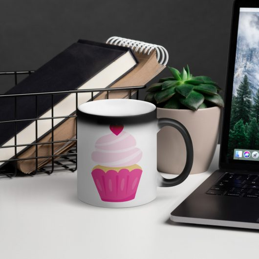 I Love Pretty Pink Cupcakes with All My Heart Matte Black Magic Mug